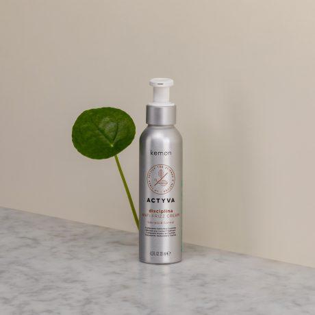 Actyva disciplina anti-frizz cream 125 ml bolli ambientata