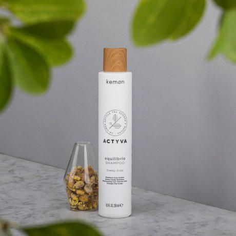 Actyva equilibrio shampoo 250 ml bolli ambientata